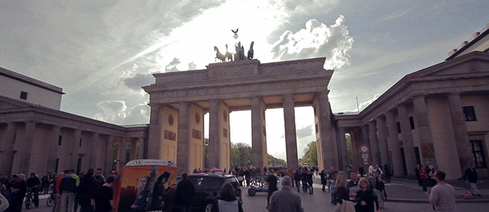 video-preview_berlin_postcard